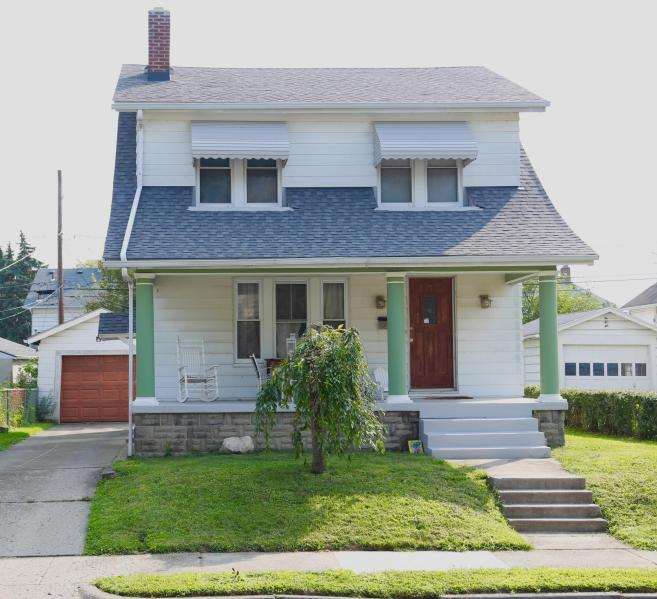 Cute vintage home in Hilltonia Columbus OH 43223